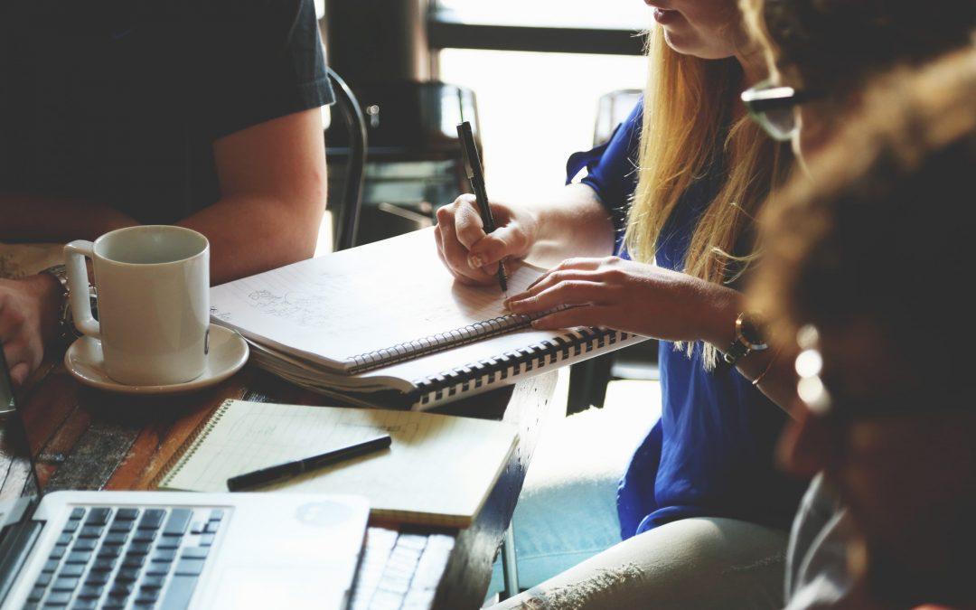 Cinq façons de mobiliser le personnel par le flash meeting